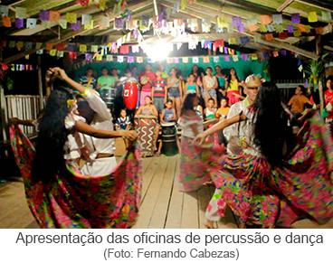 apresentação das oficinas de percussão e dança