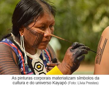 As pinturas corporais materializam símbolos da cultura e do universo Kayapó