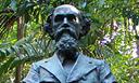 Busto de Ferreira Penna.png