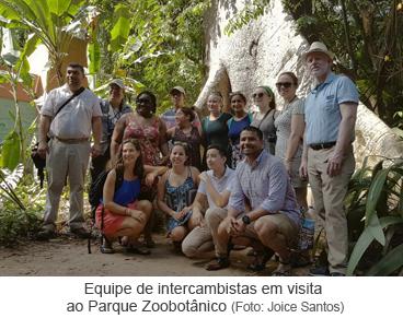 Equipe de intercambistas em visita ao Parque Zoobotânico.png