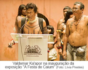 """Valdemar Ka'apor na inauguração da exposição """"A Festa de Cauim"""""""